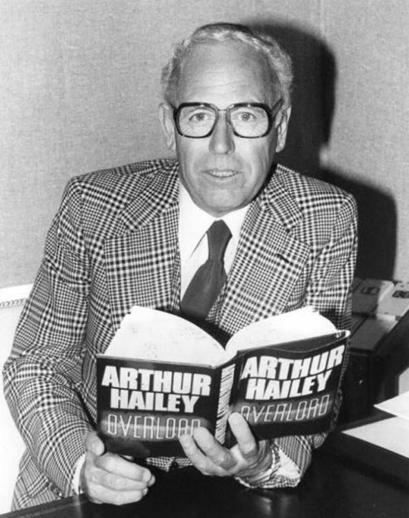 Артур Хейли