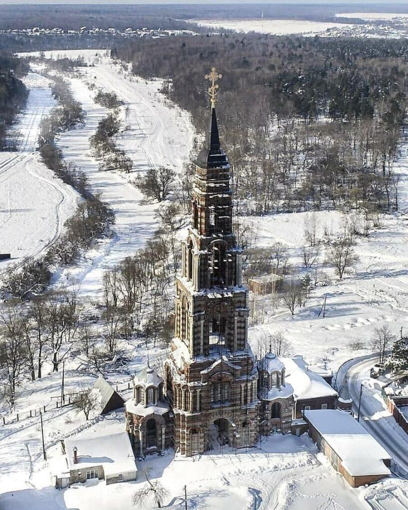 Колокольня церкви Иоанна Предтечи.