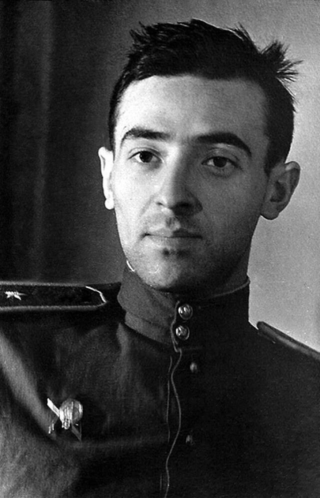 Владимир Абрамович Этуш