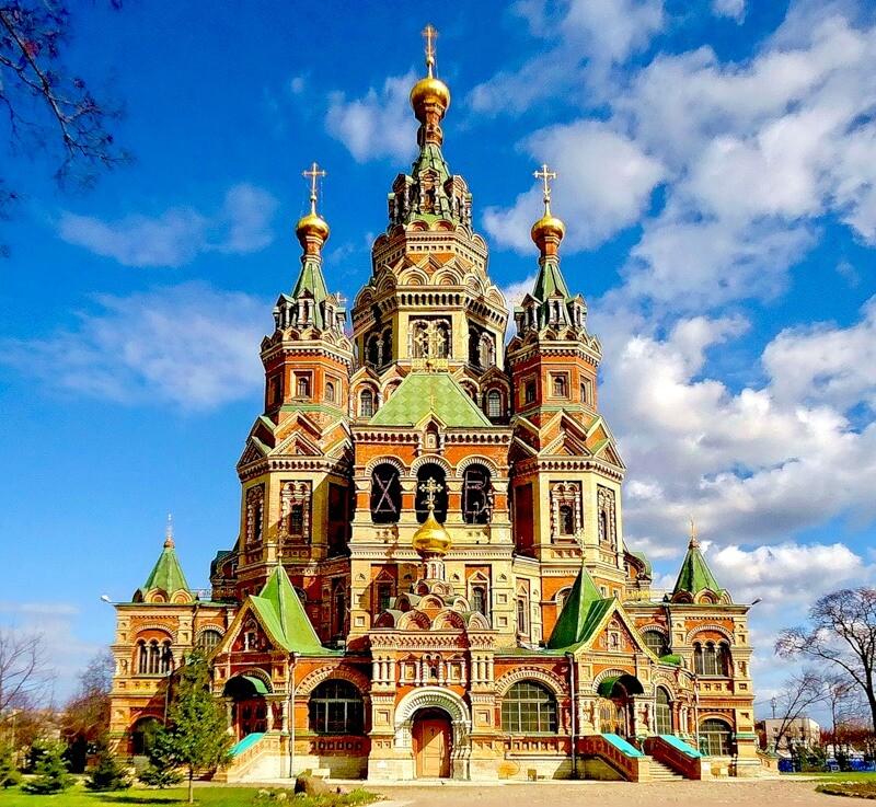 12 июля православная церковь отмечает День святых Апостолов Петра и Павла