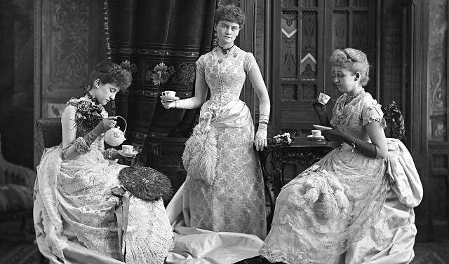 Что означает Мэм, Мадам, Мисс, Миссис, Мадемуазель?