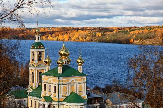 Плёс... Один из самых маленьких городов России