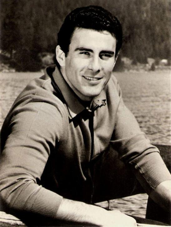 Гойко Митич