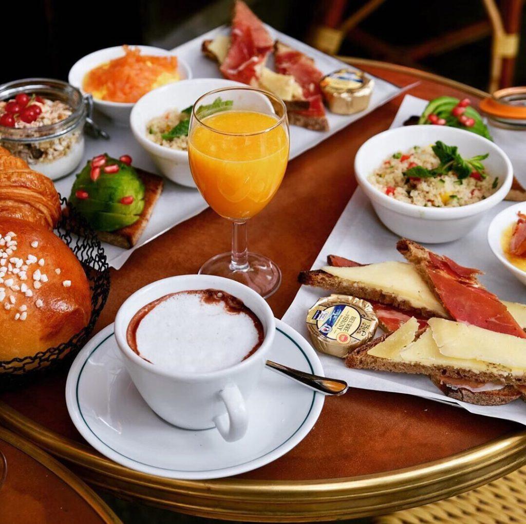 Хороший день начинается с хорошего завтрака...